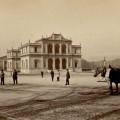 Tram-a-la-Place-de-Neuve-vers-1865